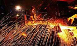 铁矿石降价钢也降价 钢铁企业喜忧参半