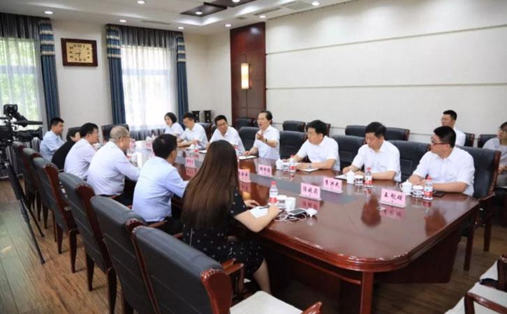 中国冶金报社与本钢集团开展共建活动